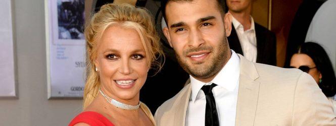 Britney Spears le quita protagonismo a los VMAs al anunciar que está comprometida con Sam Asghari